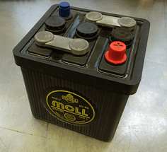 Moll Classic 6 volt accu Din 06617